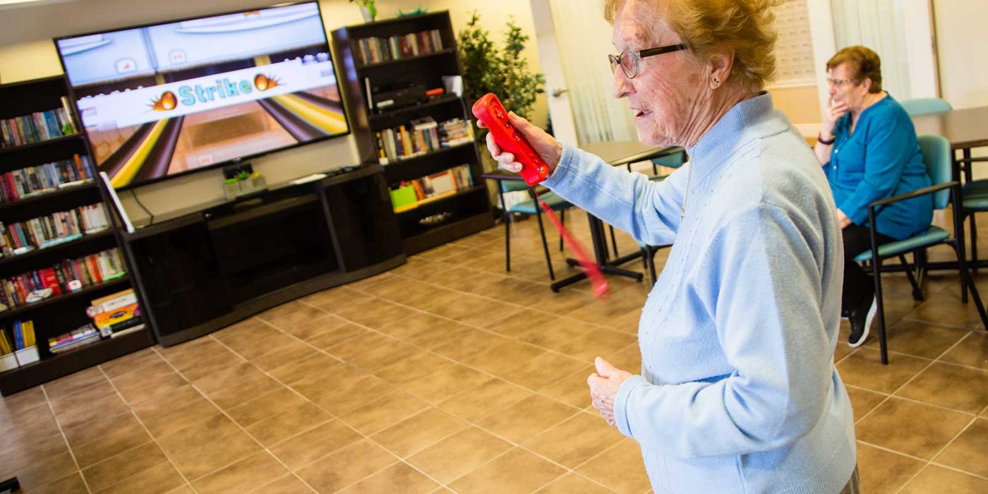 Harbour Hill, Residents Enjoy Wii Bowling